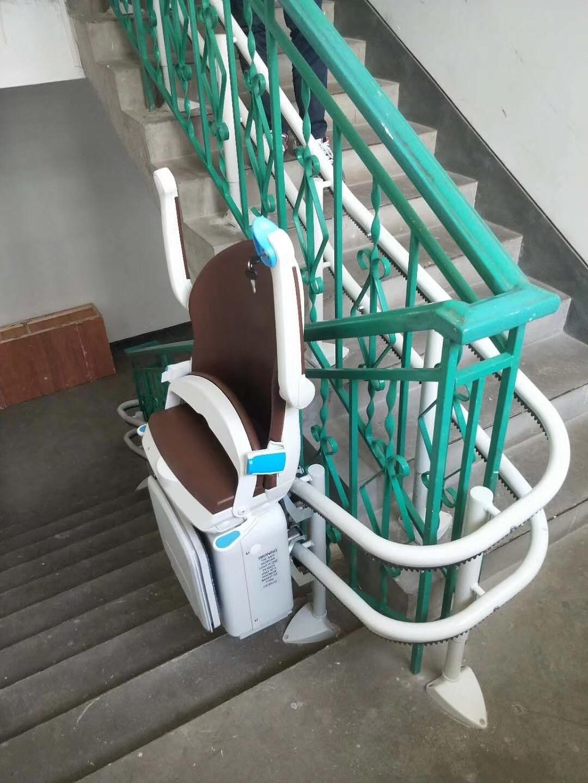 曲线式斜挂座椅电梯