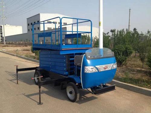 自动车载式升降机
